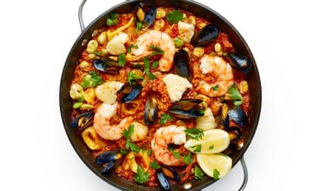 How to make seafood paella – recipe