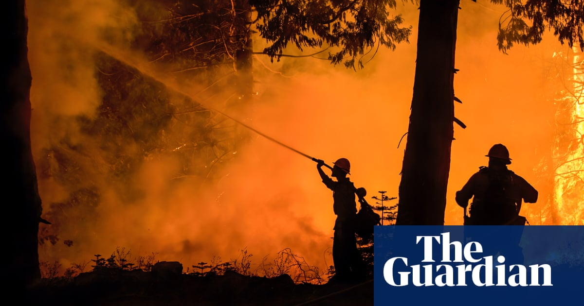 Caldor fire continues march to Lake Tahoe as winds expected to pick up