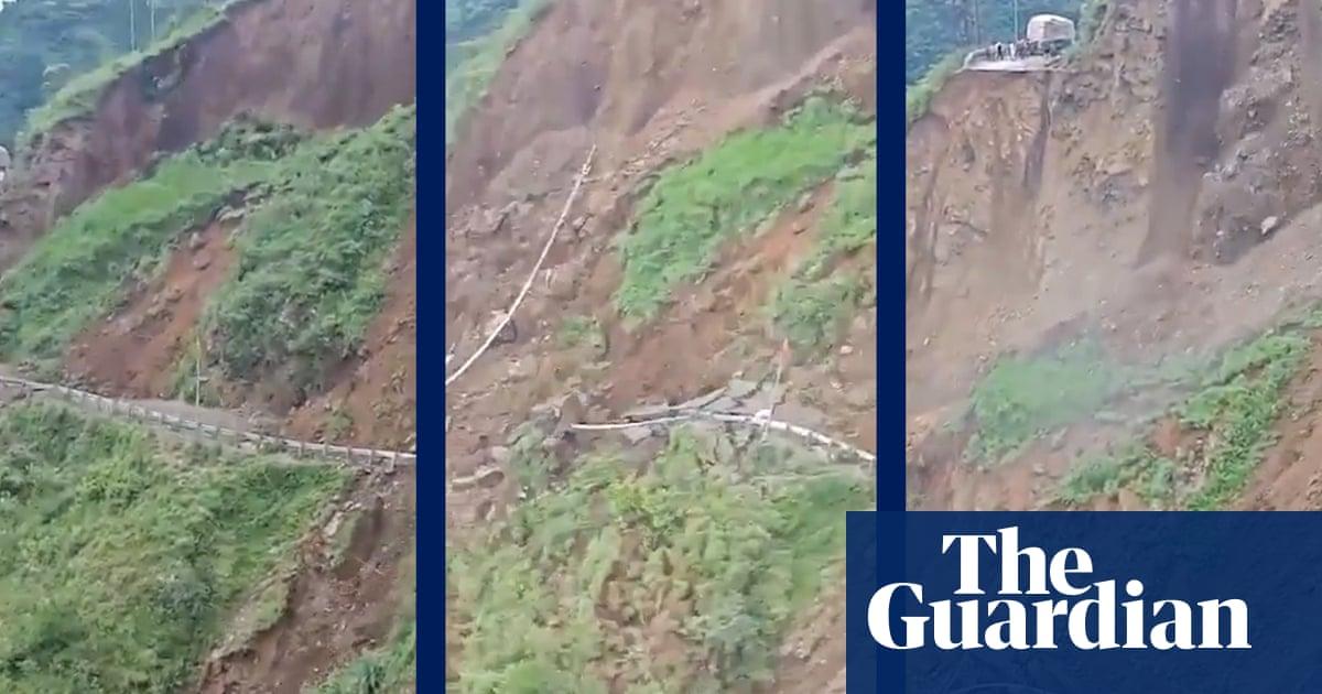 Massive landslide sweeps away portion of road in India – video