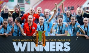 Manchester City celebrate their victory at Bramall Lane, as captain Steph Houghton holds the trophy.