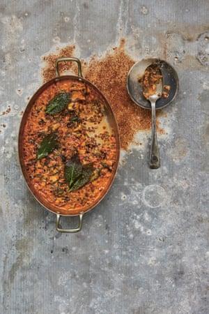 Chard, lentil and bay gratin