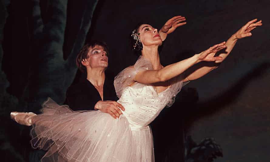 Rudolf Nureyev dancing with long-term partner Margot Fonteyn.