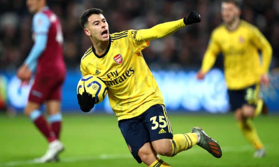 Gabriel Martinelli celebrates scoring Arsenal's equaliser.
