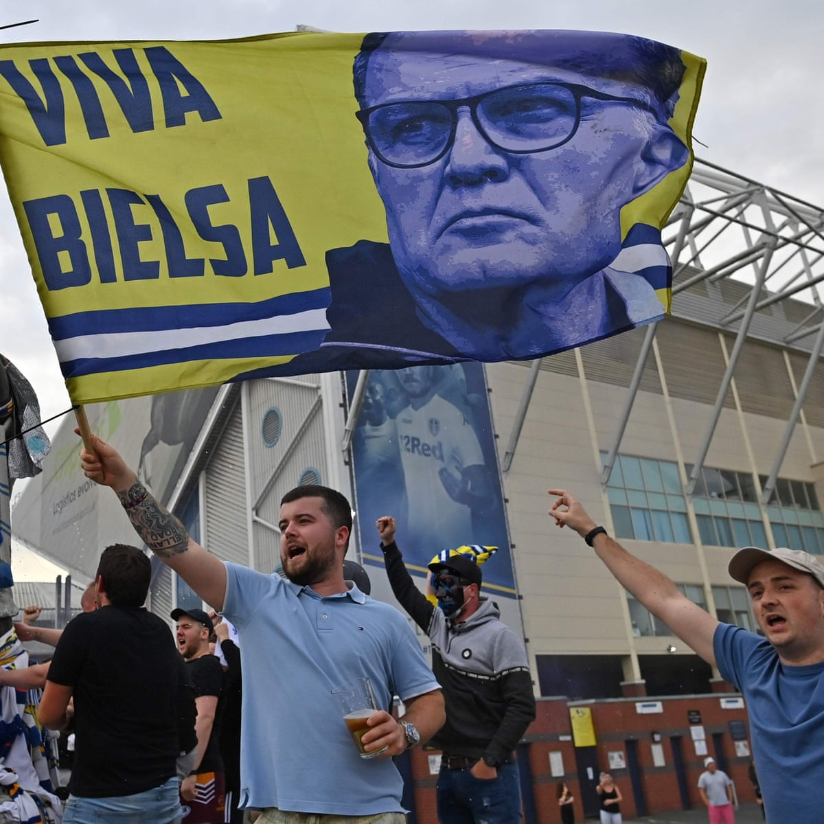 Leeds Promoted To Premier League After West Brom Lose 2 1 At Huddersfield As It Happened Football The Guardian