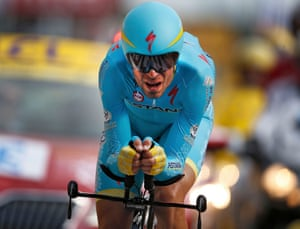 Vincenzo Nibali starts his defence of the yellow jersey.