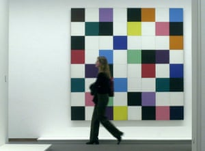 46 Colours For a Large Wall at the Neuenationalgalerie, Berlin in 2004