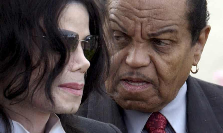 Michael and Joe Jackson in 2005.