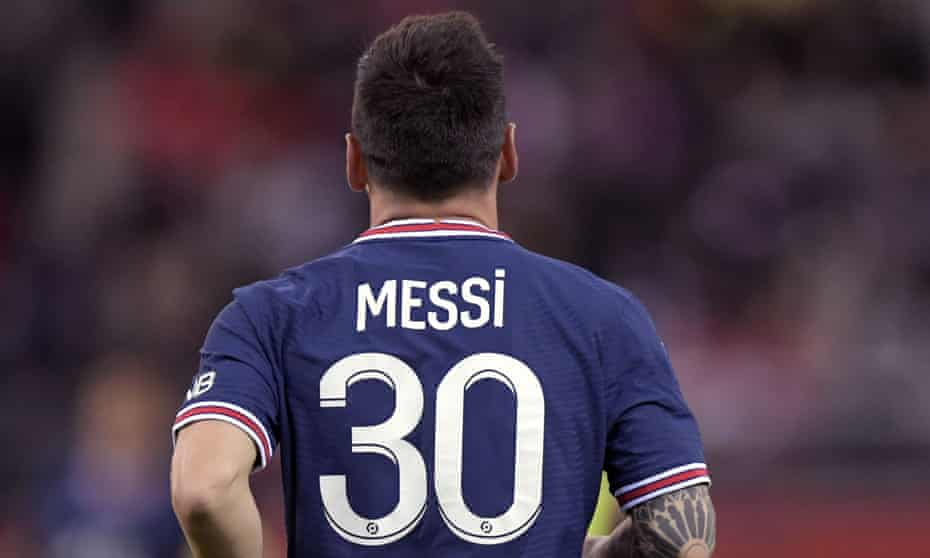 Lionel Messi in a PSG shirt