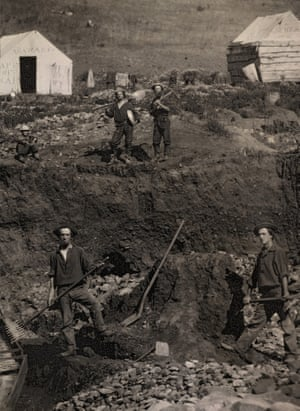 Unknown photographer. Outdoor view of gold-mining operations in California, after 1849. Daguerreotype