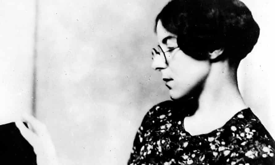 Sylvia Townsend Warner: her narratives provide a wealth of surprising sidesteps from the bounds of convention.