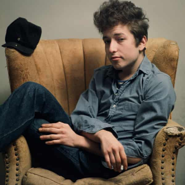 NEW YORK, NY - FEBRUARY 1963: Portrait of musician Bob Dylan smoking