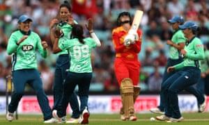 Oval Invincibles' Marizanne Kapp celebrates the wicket of Birmingham Phoenix's Eve Jones