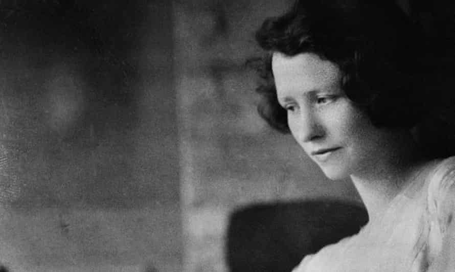 Edna St. Vincent Millay, pictured here in 1925, was one of the most-admired poets of her time. She was also a great beauty.