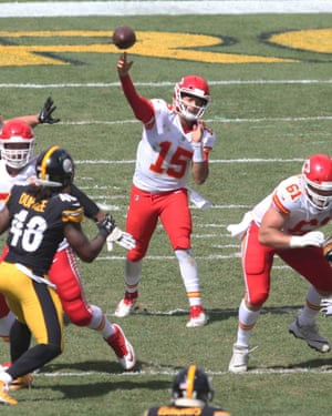 Patrick Mahomes throws downfield in Kansas City's impressive win over Pittsburgh.