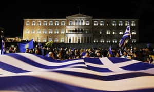 Opponents of the agreement over renaming Macedonia outside the Greek parliament