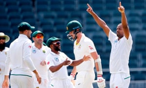 Vernon Philander bowled South Africa to a crushing 492 run victory in the final Test against Australia.