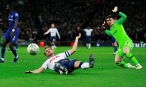 Harry Kane is fouled by Chelsea's Kepa Arrizabalaga resulting in a penalty which Kane scored.