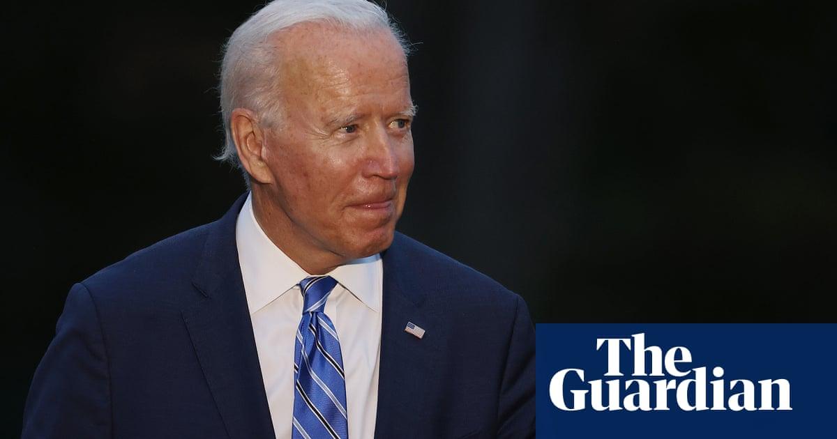 'We'll abide by the Taiwan agreement' says Biden after Xi call – video