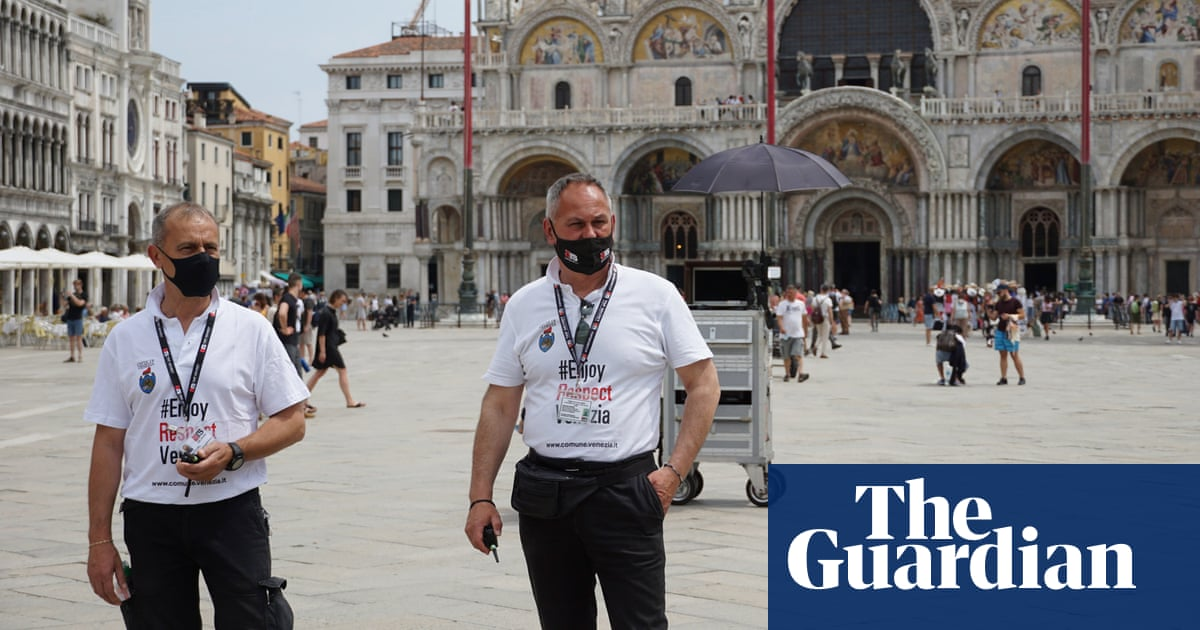 Venice renews crackdown on bad behaviour as tourists return