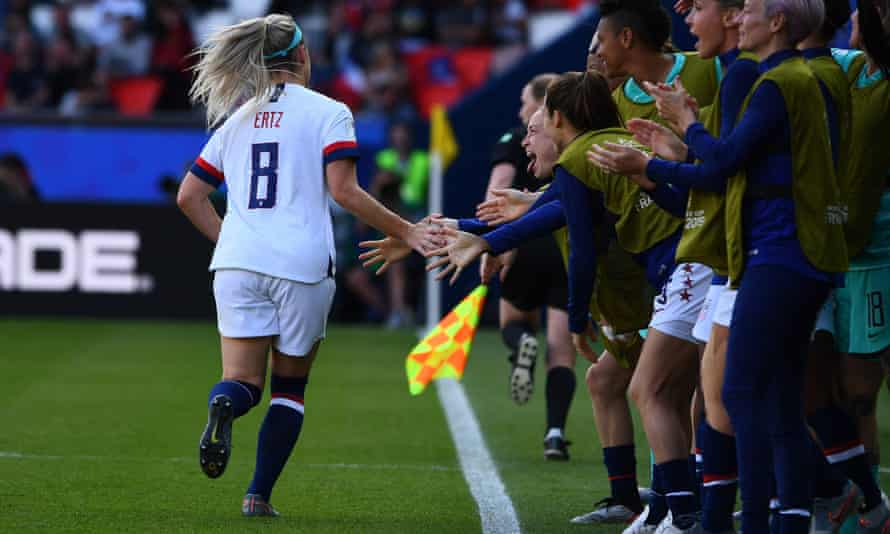 Julie Ertz celebrates after putting the USA two goals ahead