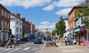 Lending to small businesses 'remains relatively tight', the Bank of England governor, Mark Carney, has said.