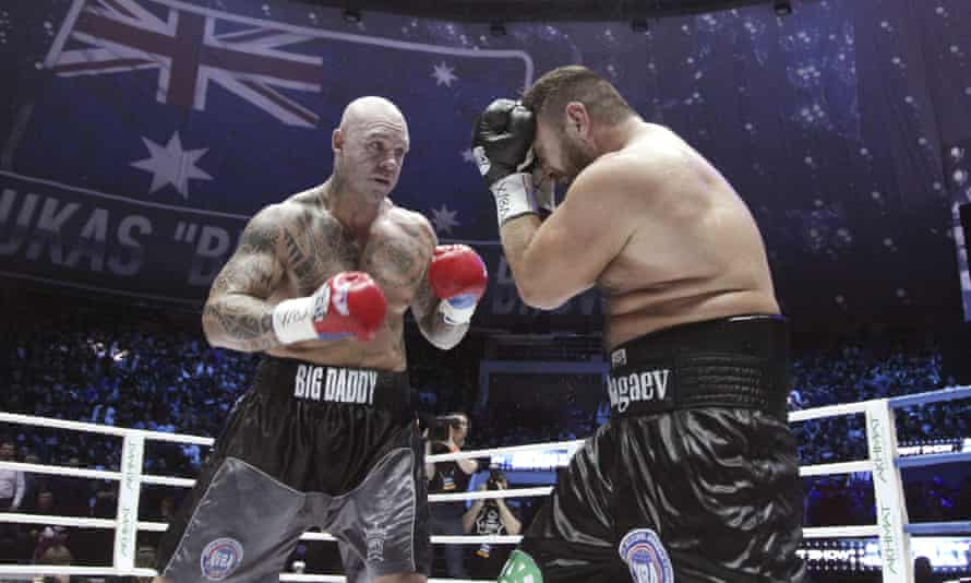 Australia's Lucas Browne recovered from being cut and knocked down in the sixth round to stop Ruslan Chagaev in the 10th.