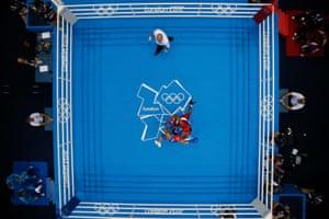 Herring in action against Daniyar Yeleussinov at London 2012.