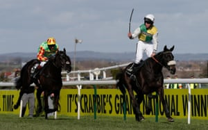 Many Clouds and Leighton Aspell winning the Grand National in 2015.