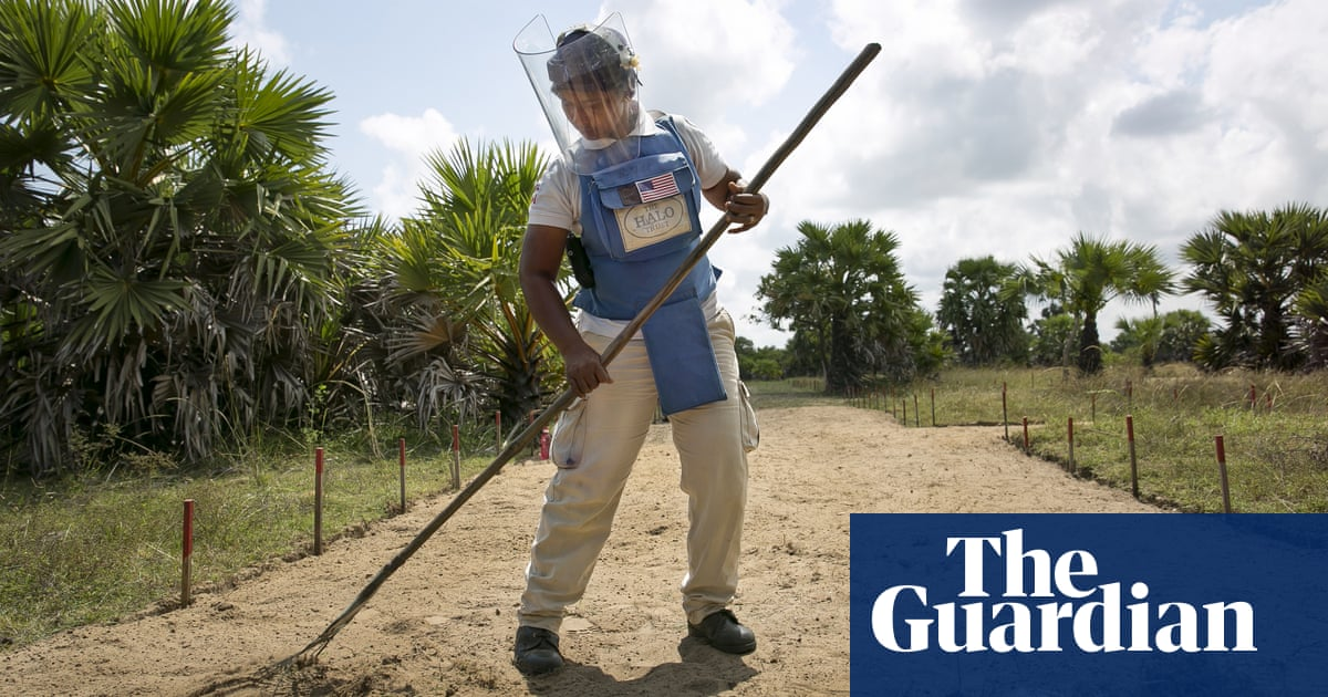 The women clearing Sri Lankas minefields - in pictures