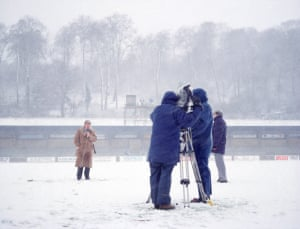 #06Reporting From The GroundWycombe Wanderers v Peterborough UnitedAdams Park1990