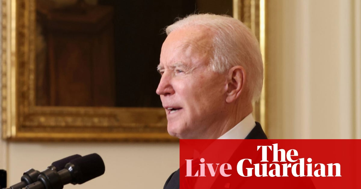 Biden to host bipartisan economy meeting amid supply chain fears – live updates