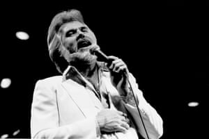 Kenny Rogers performs at the Rosemont Horizon (later renamed the Allstate Arena) in Rosemont, Illinois, on 13 June 1982.