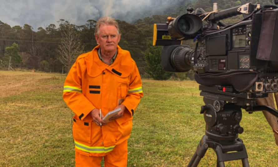 ABC journalist Phil Williams covering the bushfires in December 2019
