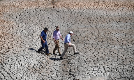 Chinese company approved to run water mining operation in drought-stricken Queensland