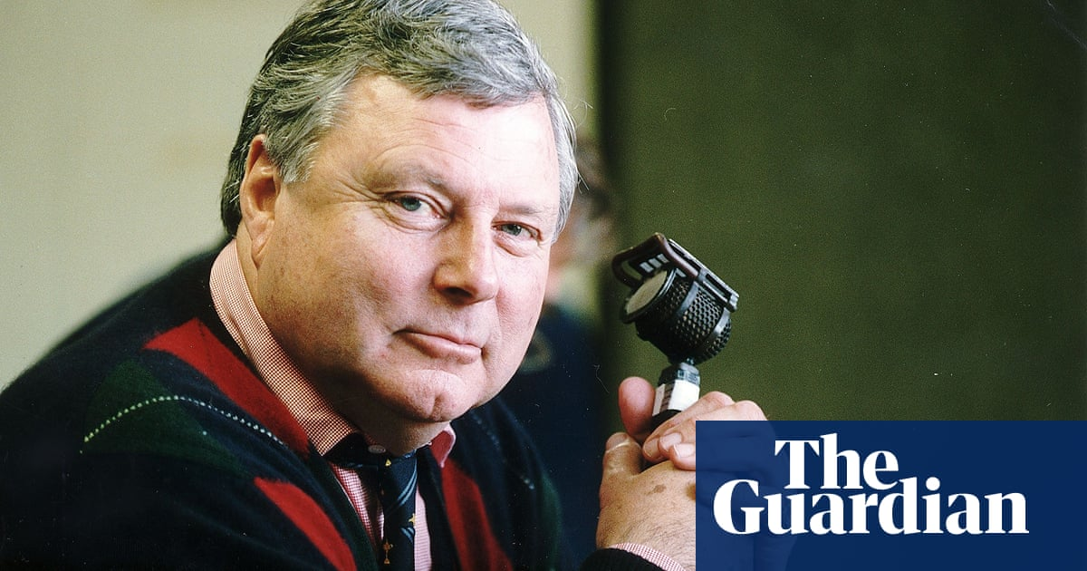 Peter Alliss, voice of the BBC's golf coverage, dies aged 89
