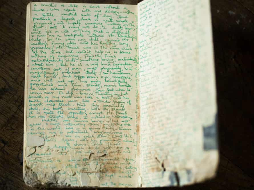 Pages from one of the diaries found in a skip by Alexander Masters' friends