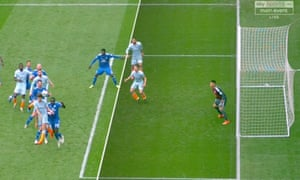 Replays showed that César Azpilicueta was in an offside position when scoring the equaliser for Chelsea.