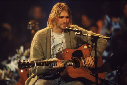 Kurt Cobain performs On MTV Unplugged in 1993.
