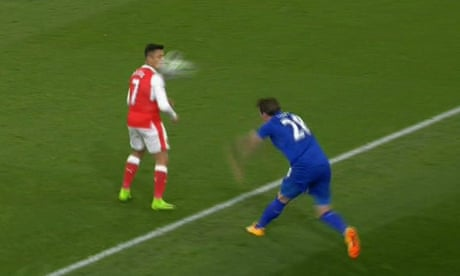 'You're embarrassing yourself': Alexis Sánchez's fat lip and set-piece set–tos