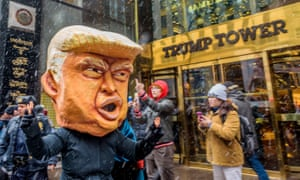 Protests in the United States at the end of 2017 demanded that Donald Trump be removed from the presidency.