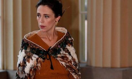 Jacinda Ardern wears Māori cloak to Buckingham Palace