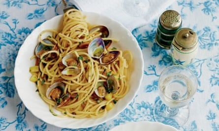 Bucatini with clams and minty potatoes As the Romans Do by Eleonora Galasso
