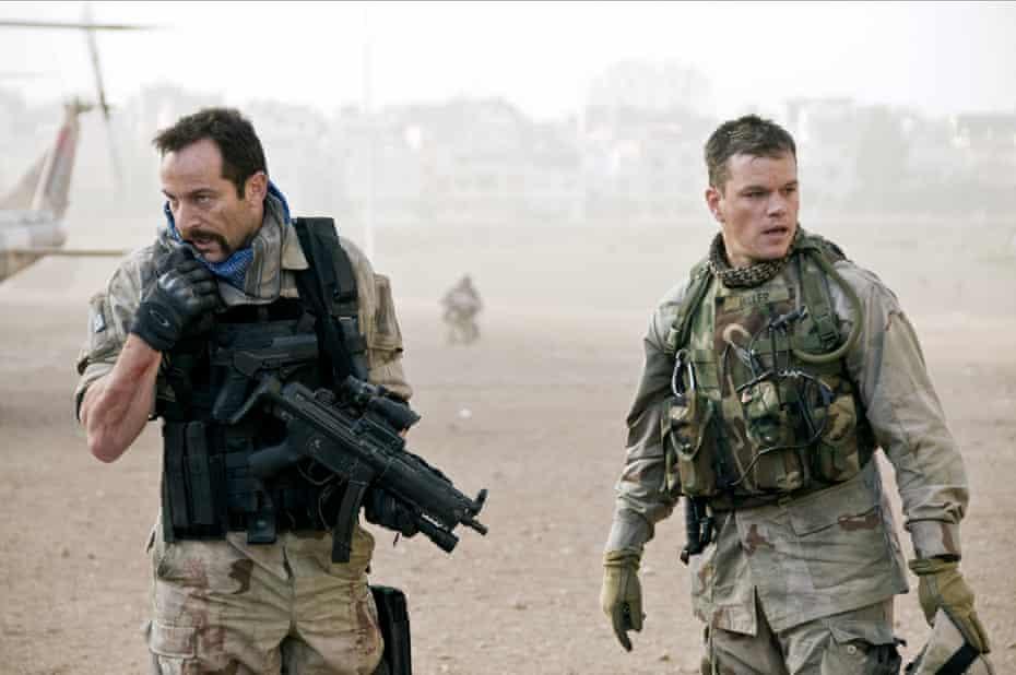 Jason Isaacs and Matt Damon in Green Zone.