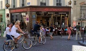 paris cyclists