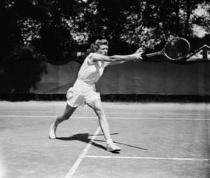 Tennis Fashion: Pauline Betz dominated the immediate postwar Wimbledon years