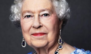 David Bailey's 2014 photograph of Queen Elizabeth II released by Buckingham Palace