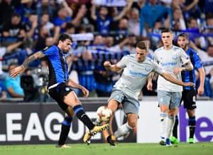 Atalanta's Andrea Petagna, left, vies with Everton's Nikola Vlasic.