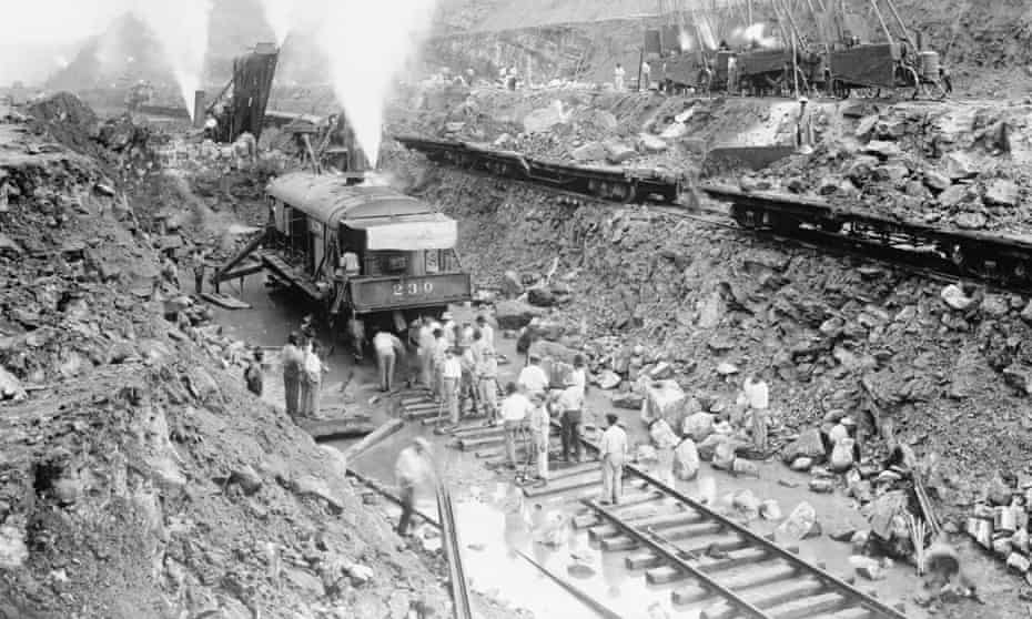 Steam shovel trains excavate the channel of the Panama Canal in 1913. The US had effected Panama's independence to ensure access to the Canal.