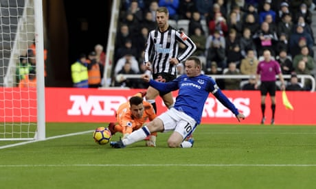 Wayne Rooney strikes again as Everton add to Newcastle's problems