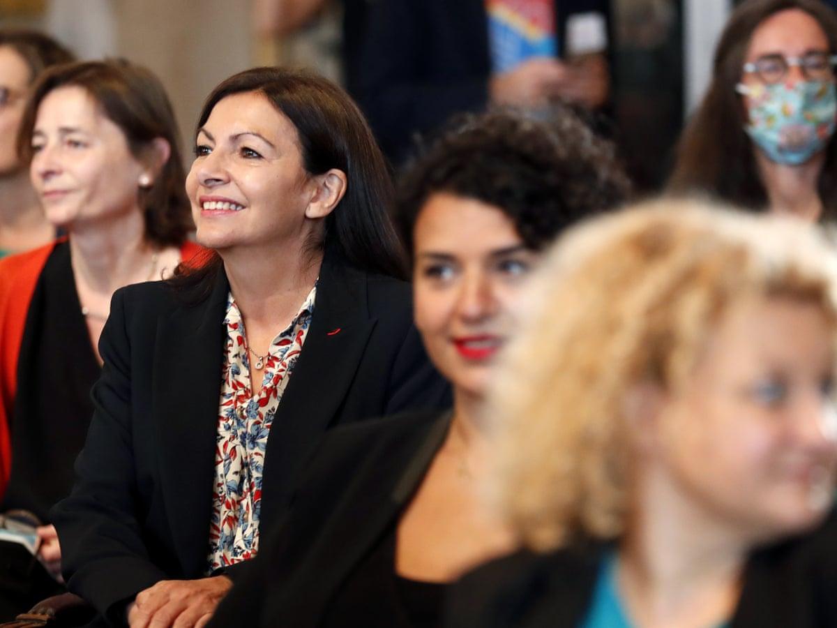 Intalnirea femeii Malgase din Paris